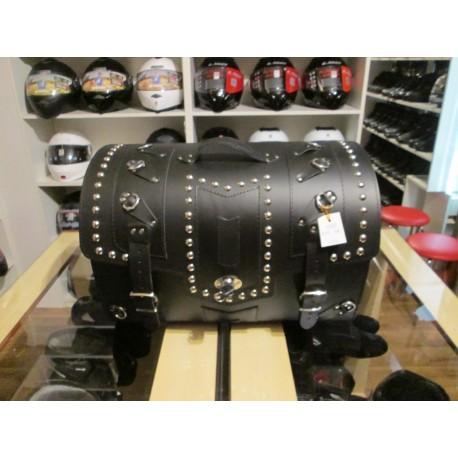 Kufer skórzany ćwieki zamek Sako K45 58L